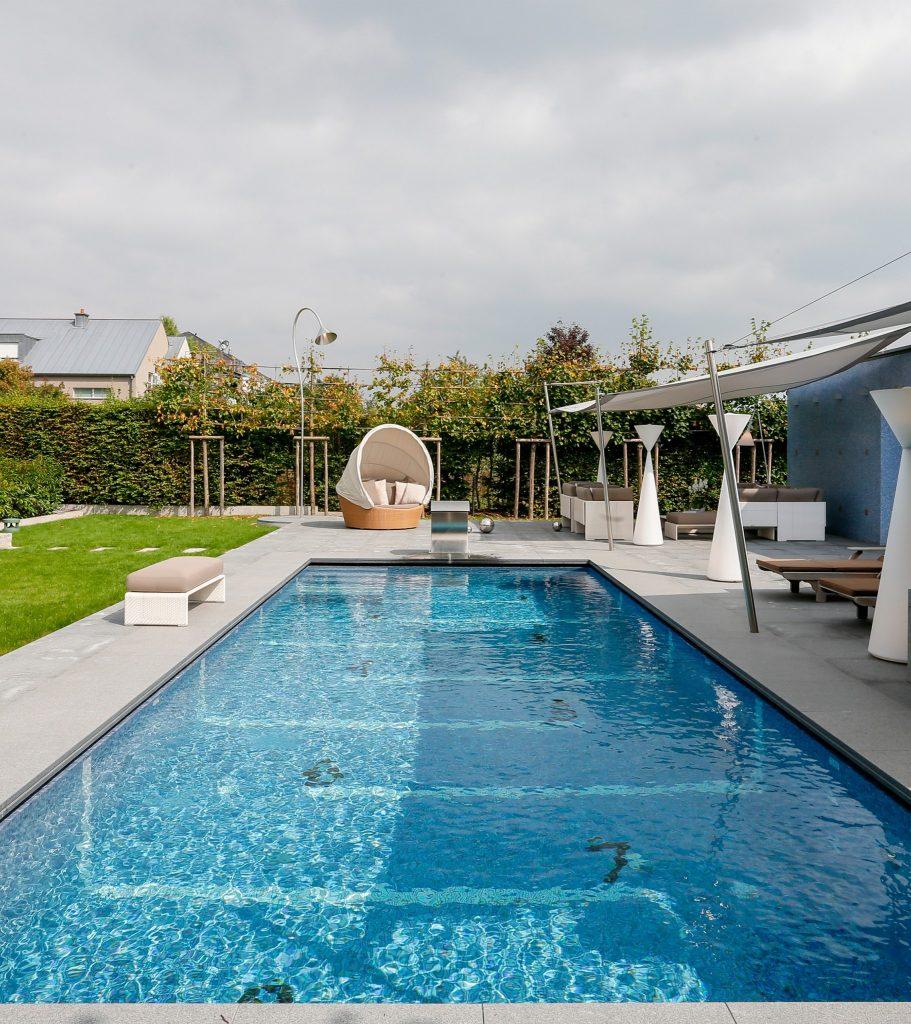 Delvaux piscine 3
